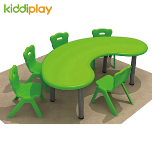 High Quality Colorful Kids Plastic Moon Table